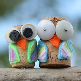 How to make a cute cork owl