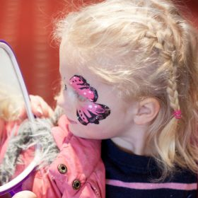Face painting for little heroes