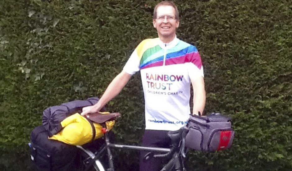 Essex man raises £1,600 after John O'Groats to Land's End cycle