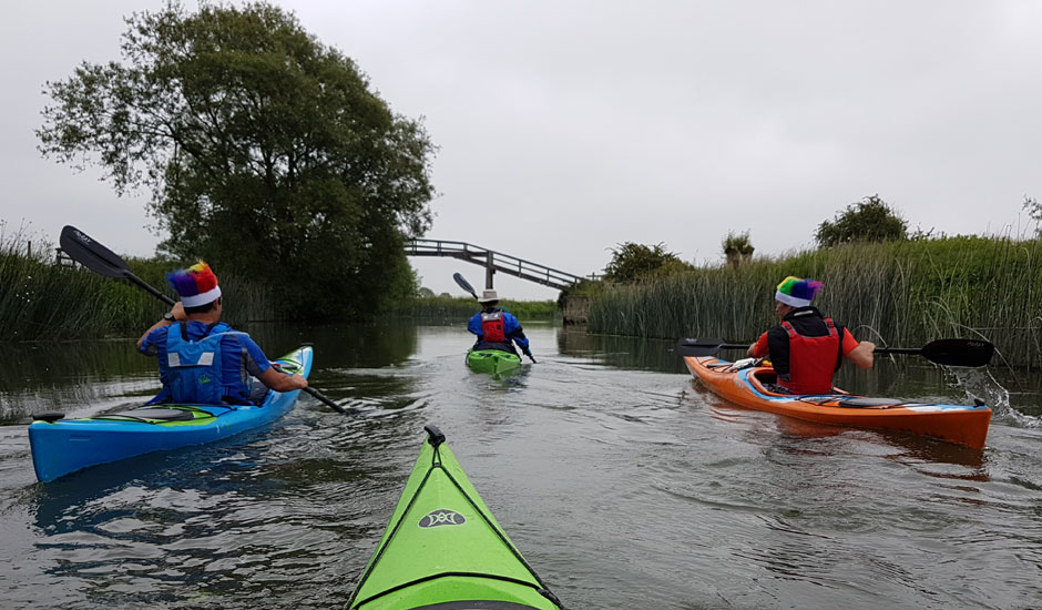 From Source to Sea: Four Friends Tackled the Thames
